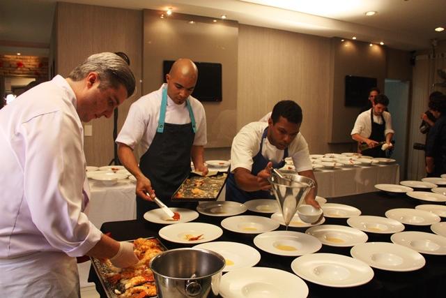 Bastidores do jantar. Foto @ruinagaefotografiala