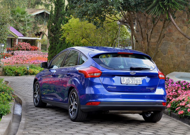ford-focus-2016-13-620x443