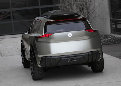 Nissan_Xmotion_Concept___Photo_04