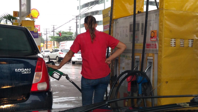 Alagoas tem a gasolina mais cara do nordeste e a 4ª mais cara do Brasil