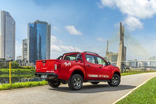 Nissan apresenta novas versões da Frontier no Salão de SP