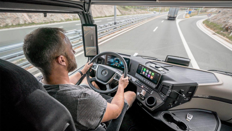 Caminhão sem retrovisores: Conheça o modelo que só usa câmeras no lugar de espelhos