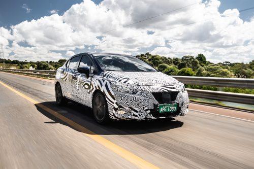 Novo Nissan Versa está em fase final de testes em estradas brasileiras