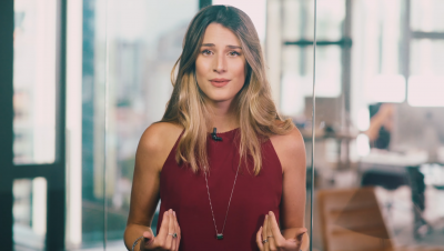 'Oi, meu nome é Bettina': entenda a história por trás do viral que está irritando a internet